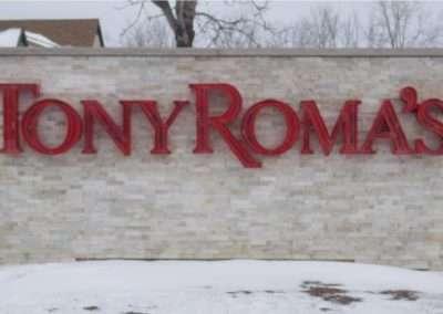 erb-signs-Tony Roma's