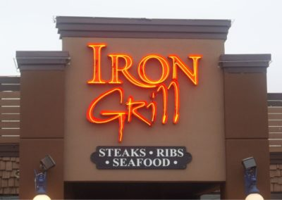 erb-signs-neon Iron Grill