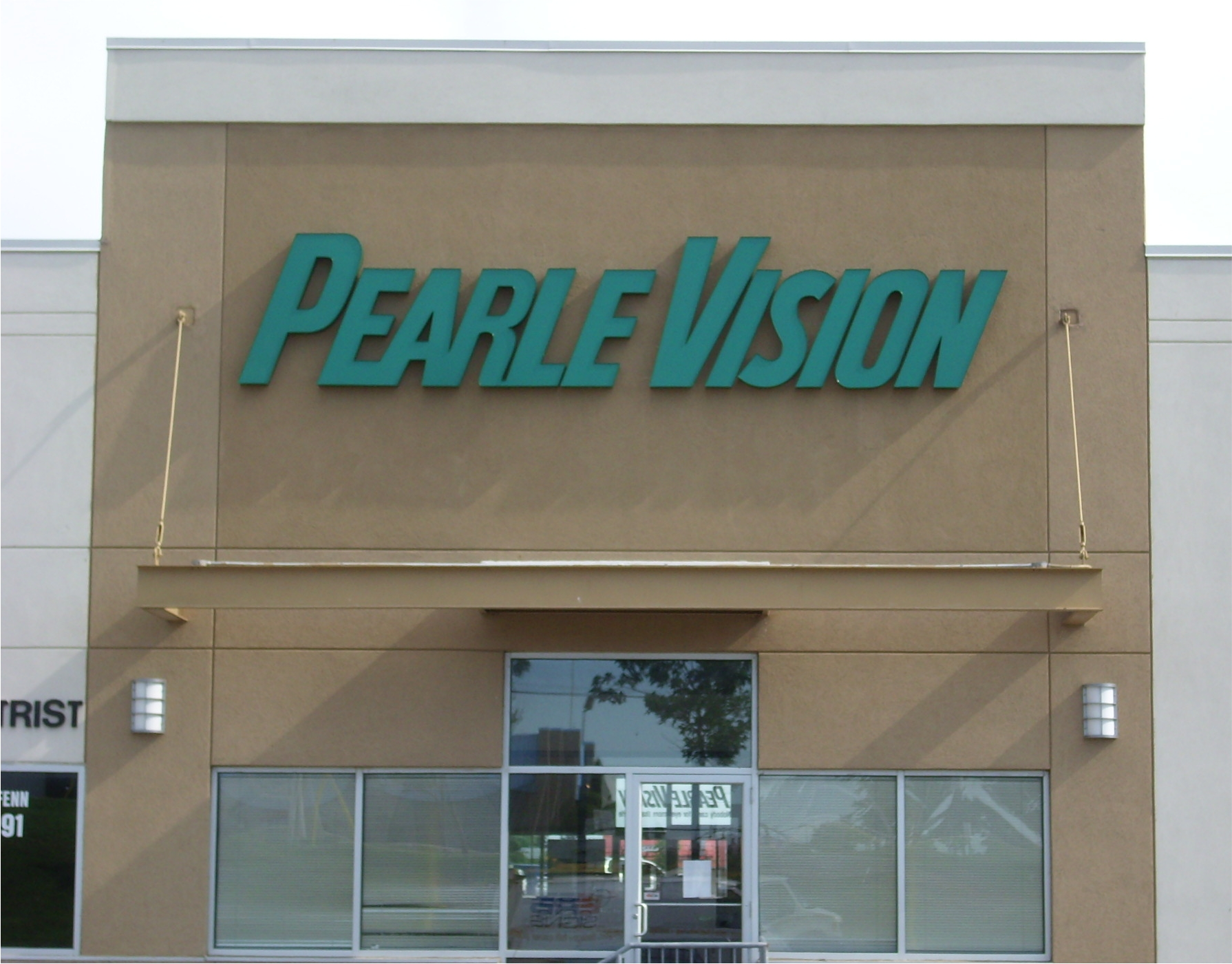 Pearle-Vision-2