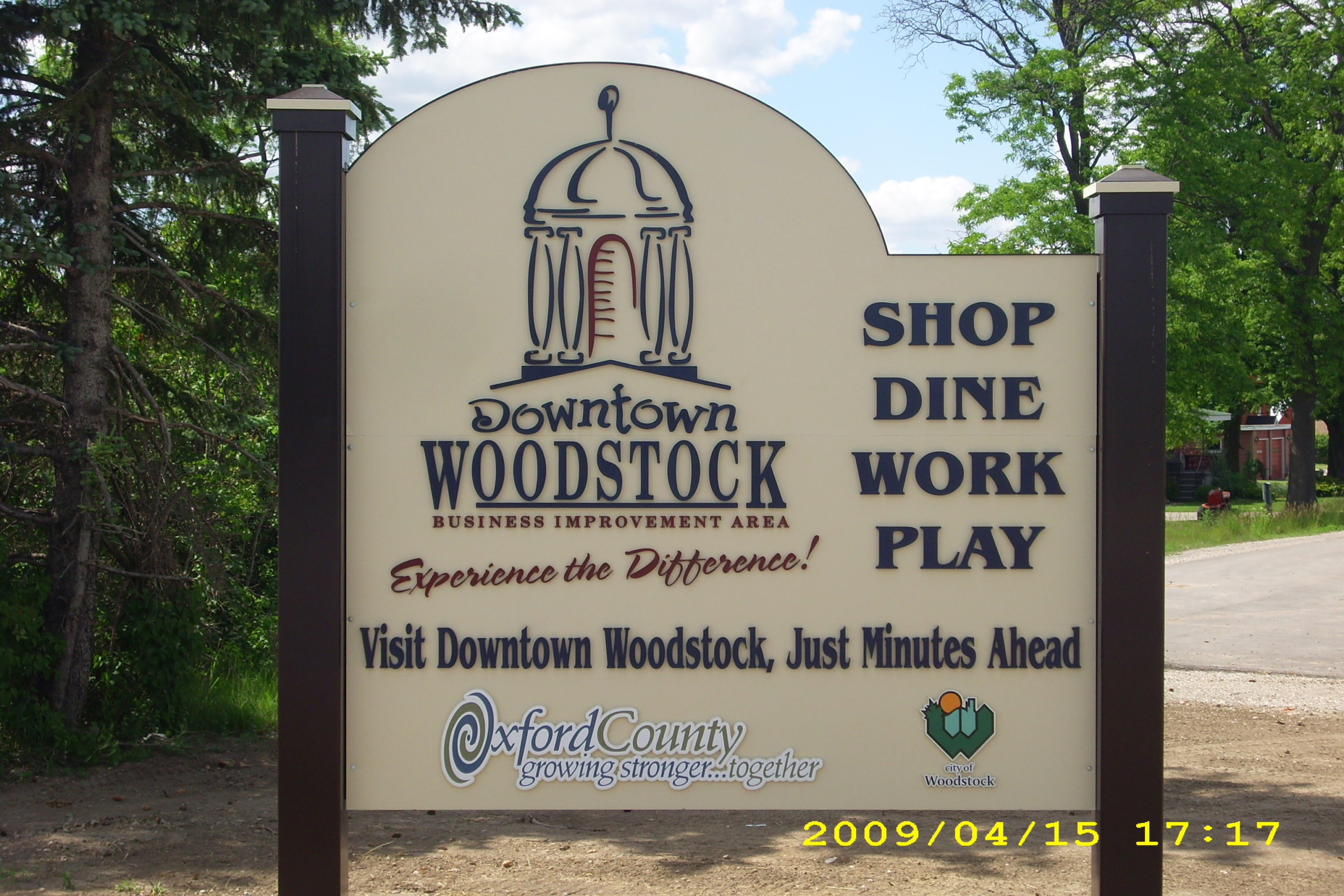 erb-signs-woodstock-BIA-SIGN-scaled-1
